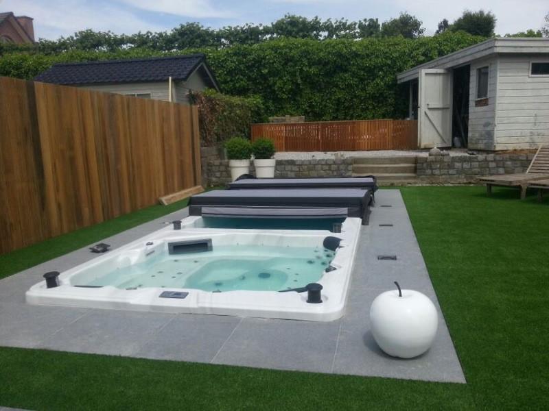 whirlpools bali 2. Black Bedroom Furniture Sets. Home Design Ideas